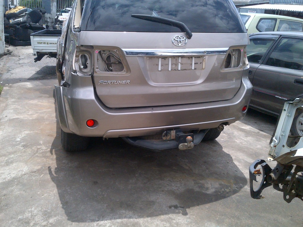 2010 Toyota Fortuner Stripping For Parts - Used Toyota Spares